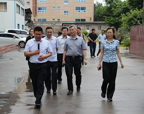 四川省中医医院党委书记杨静等一行莅临好医生攀西药业