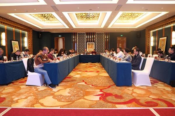 四川省医药行业协会常务理事会在成都召开