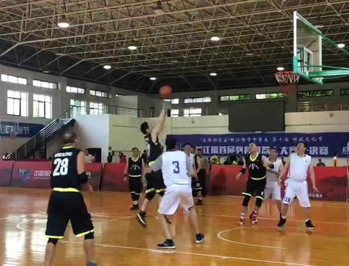 都江堰开打!好医生参加第16届北京世界华人篮球赛