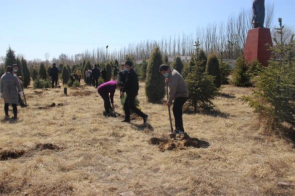 战疫情 添新绿——山西好医生药业组织开展植树活动
